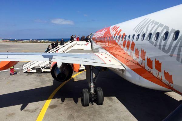 Easyjet Flugzeug am Flughafen Heraklion Kreta
