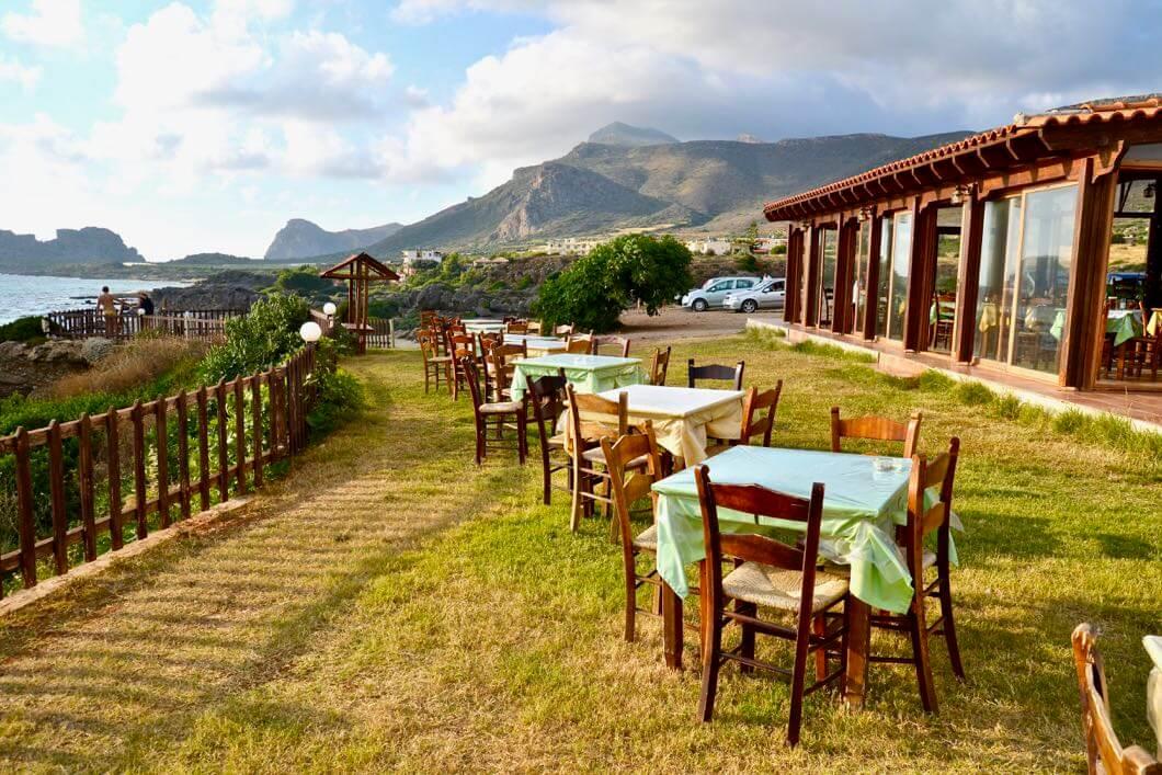 In der Taverne Galasia Thea hat man einen wunderschönen Blick über Falassarna.