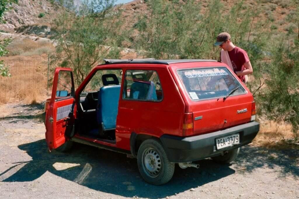 Mit dem Auto nach Griechenland kommt man auch mit diesem Fiat Panda
