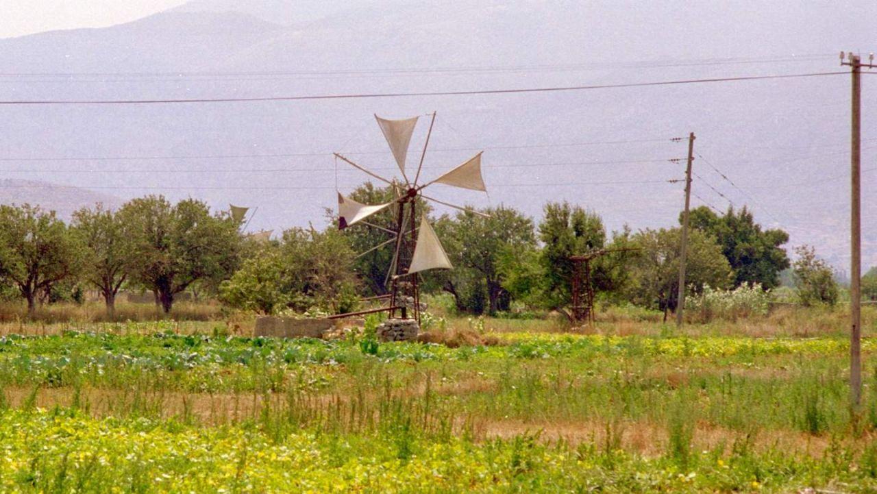 Windrad auf der Lasithi Hochebene
