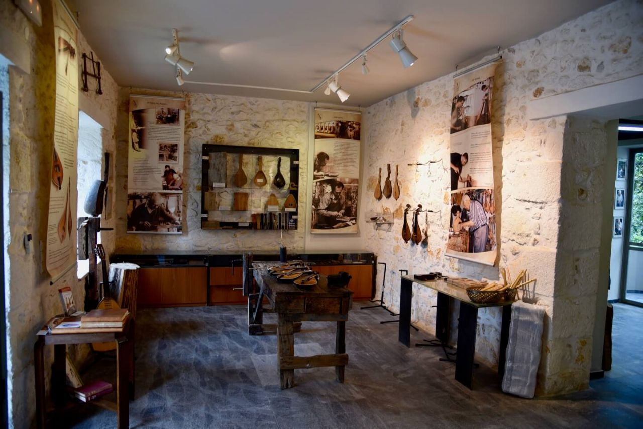 Lyra Workshop Rethymno Innenansicht